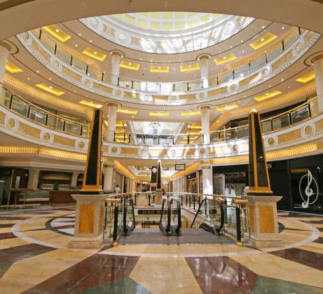decoracion-interior-centro-comercial-roma