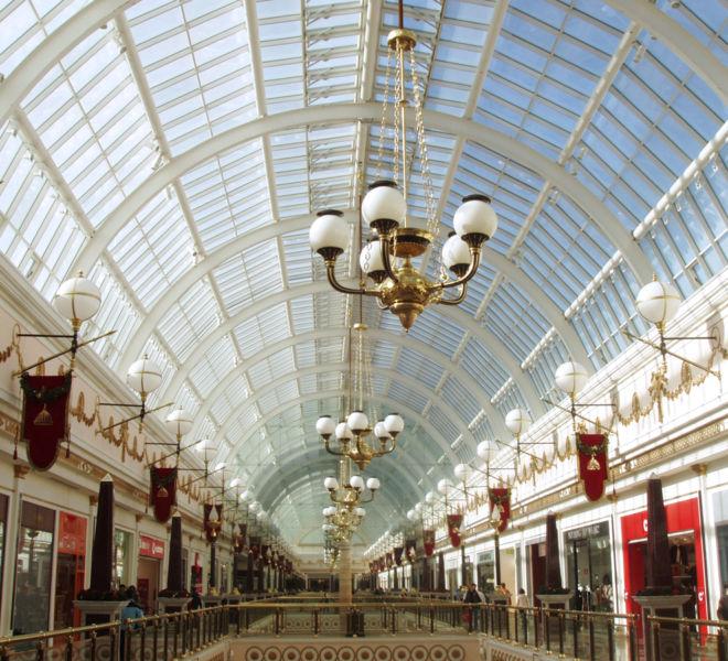 decoradores-interiores-centros-comerciales-escayola